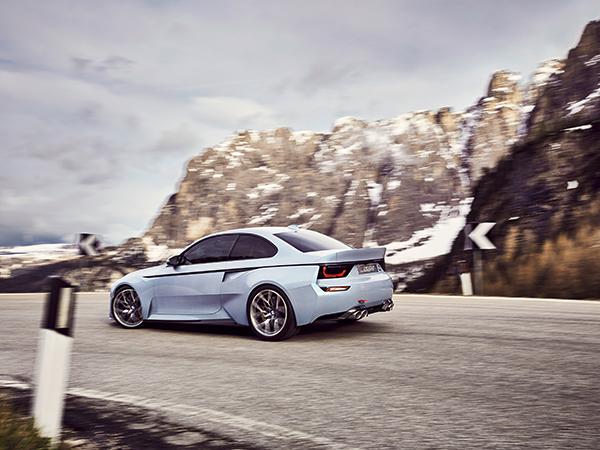 BMW_sRGB_M11_DCC068_7-8_Heck