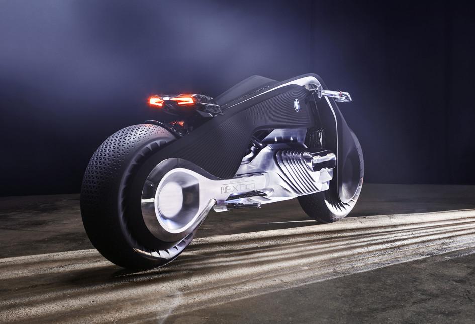 M10_BMWMOTORRADNEXT100